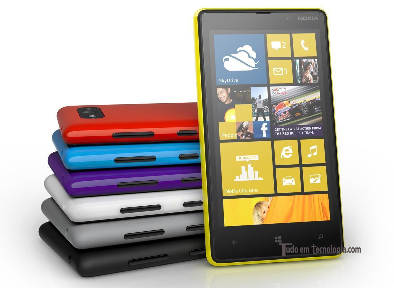 Novo Nokia Lumia 820 com Windows Phone 8.