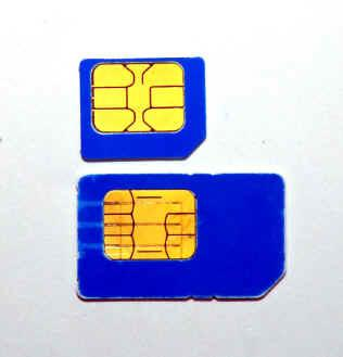 CELCOM-MICRO-SIM-CARD-AT-BLUE-CUBE