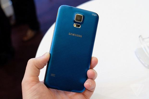 galaxys5-2040-8_verge_super_wide